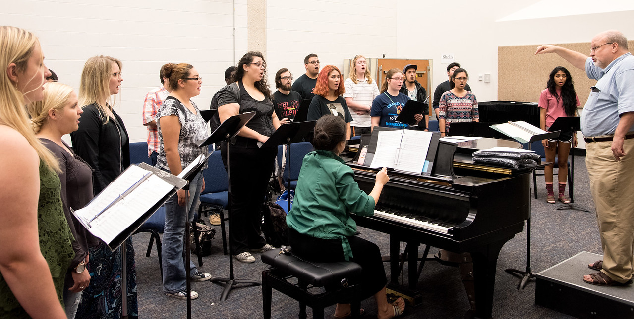Oh this is what a harmony of voices in sync looks like. - TAMUCC Jazz Choir Music Course