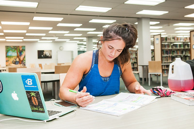 Student Amanda Rangel studying Finance in the Mary and Jeff Bell Library
