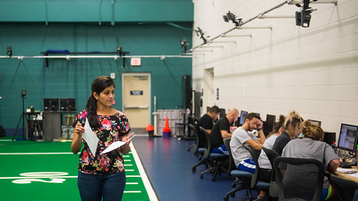 Professor Poonam Mankar gives a lecture in her Biomechanics lab.