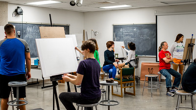 Islander students practice drawing still life in Drawing 1.