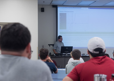Professor Jose Giraldo lectures during his Calculus 1 class.