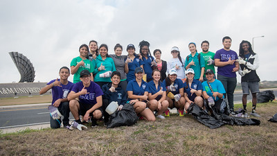 A group of student volunteers come together for a photo during the Islander Spring Clean 2017 event.