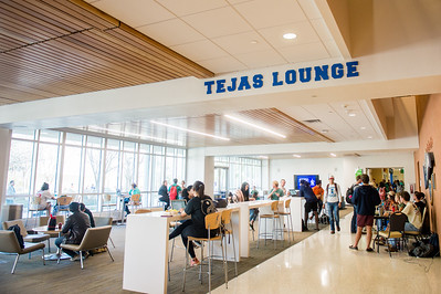 Students utilize the space in the University Center Tejas Lounge.
