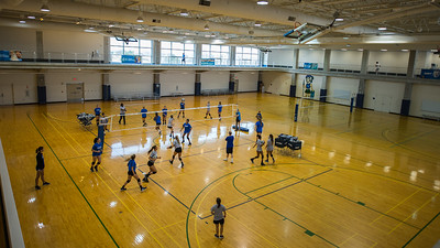 Shakas up to our Islanders women's volleyball team as they prepare for the new season.