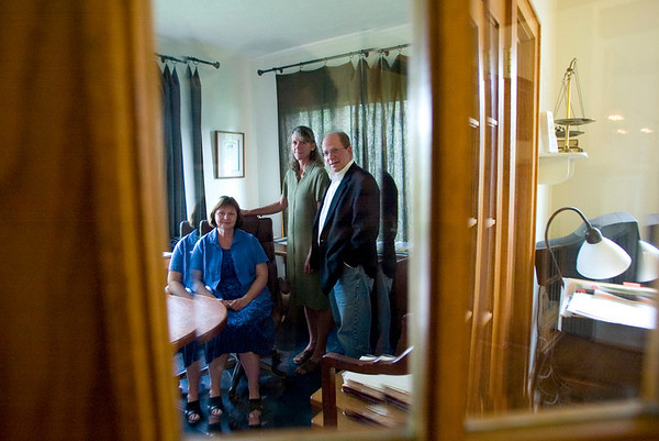 Record-Eagle photo/Jan-Michael Stump<br /> From left, lawyer Marian Kromkowski, psychologist Lisa Franseen and laywer Jim Saffell are all involved in collaborative divorces, which seek to resolve the cases without adversarial methods.