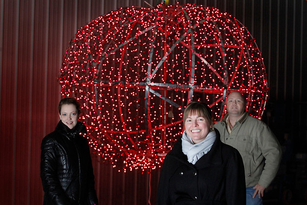 Record-Eagle/Jan-Michael Stump<br /> Cherry T-Ball Drop committee members, from left, Christal Wilcox, Tonya Wildfong and Dean Rose.