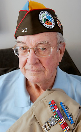 Record-Eagle/Douglas Tesner<br /> Traverse City resident Jim Wibby is one of a few local Battle of the Bulge veterans.