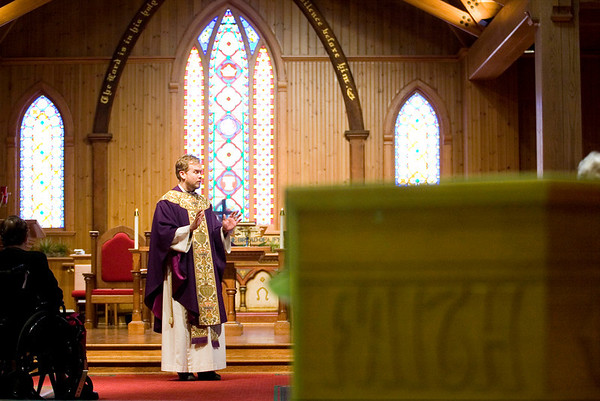 Record-Eagle/Jan-Michael Stump<br /> Rev. Daniel Richards gives the Homily during Ash Wednesday services at Grace Episcopal Church. The day marks the beginning of Lent, a period of preparation for Easter through prayer, penitance, alms-giving and self-denial for the Christian faith.