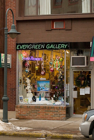 Record-Eagle/Jan-Michael Stump<br /> The Evergreen Gallery in Traverse City moved down the street from the City Opera House last year.