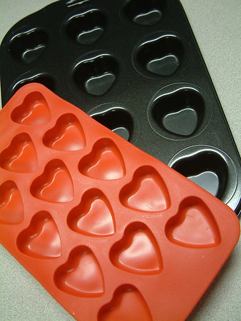 Record-Eagle/Marta Hepler Drahos<br /> Heart-shaped trays and pans, perfect gifts for Valentine's Day, are available at local grocery, gift and department stores.