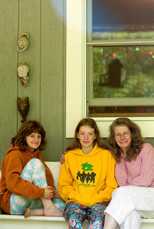 Record-Eagle photo/Jan-Michael Stump<br /> Chris Allen-Wickle, right, her daughters Zoe, 17, left, and Olivia, 13, and her husband Roger (not pictured) will be hosting six people in their Lake Leelanau home during the Traverse City Festival.