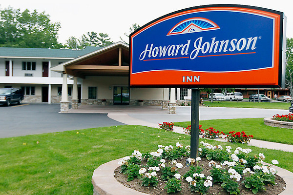 Record-Eagle/Jan-Michael Stump<br /> New owners have renovated the Howard Johnson Inn at 417 Munson Ave.