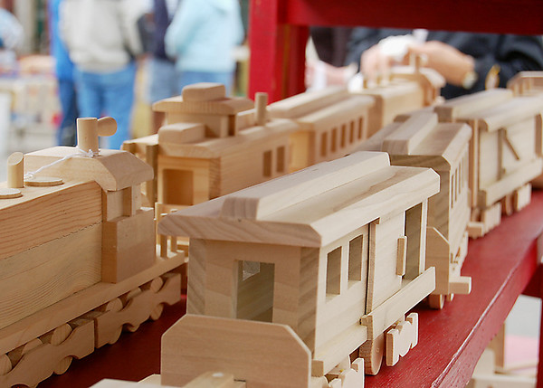 Record-Eagle/Sarah Brower<br /> Allan Shepard, of Allan's Wood Toys, builds wooden toys and sells them at craft shows.