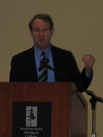 Record-Eagle/Bill O'Brien<br /> Michigan State University economics professor Charles Ballard said the state's economy has likely bottomed out, but plenty of challenges remain for Michigan. He addressed a Leadership Summit on Monday in Traverse City attended by almost 150 local officials and residents.