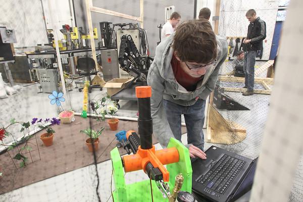 CAREER TECH ROBOTS