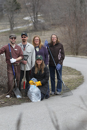 EARTH DAY VOLUNTEERS