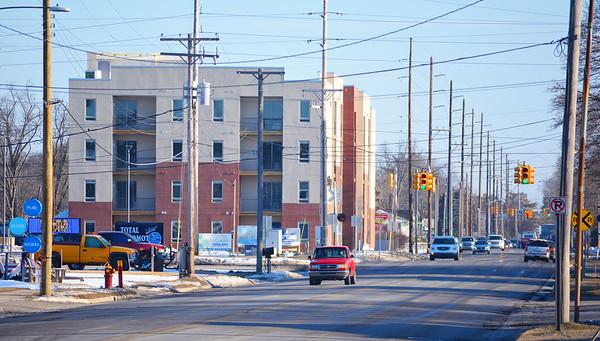 Record-Eagle/Dan Nielsen Garfield Avenue runs next to the Trailside 45 apartment building.