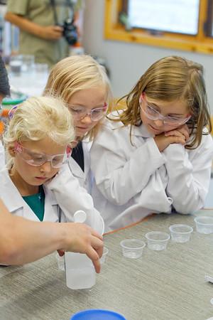 SCIENCE GIRLS ROCK