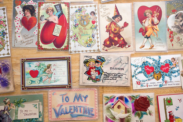 ANTIQUE VALENTINES