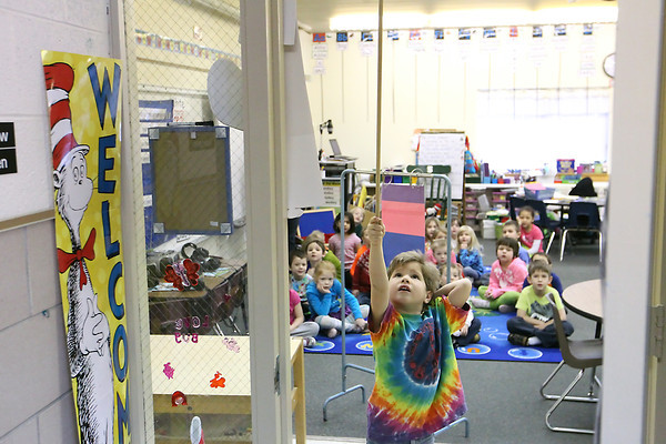 Record-Eagle/Jan-Michael Stump<br /> Eastern Elementary School kindergartener Sony Hentschel leads his classmates in a counting exercise in Jackie Stremlow's class Friday.