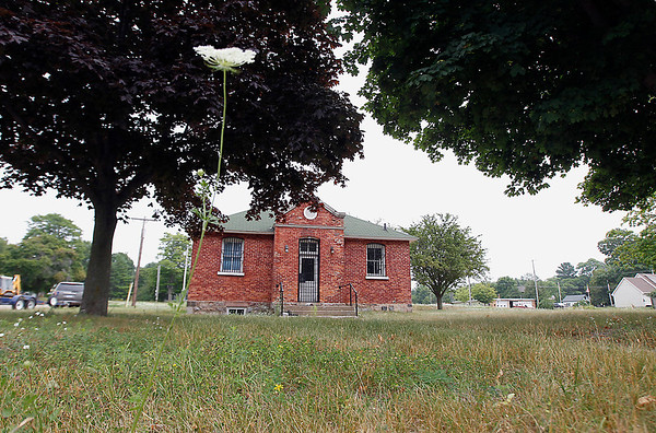 Record-Eagle/Jan-Michael Stump<br /> Potential developers of the old courthouse complex in Leland have defaulted, so Leelanau County may put the property back up for sale.