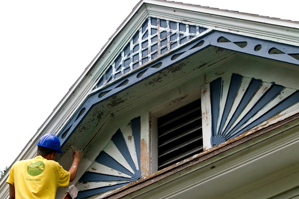 GABLE PAINTER
