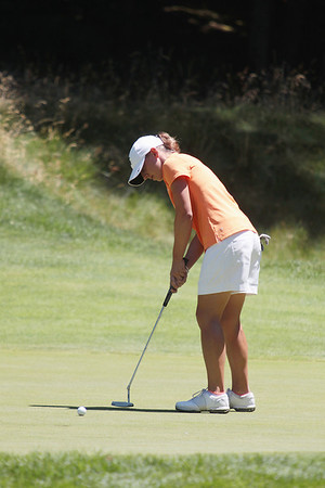 Record-Eagle/Keith King<br /> Laura Kueny putts the ball Tuesday, June 26, 2012 during round two of the 2012 Michigan Women's Open at Crystal Mountain Resort.