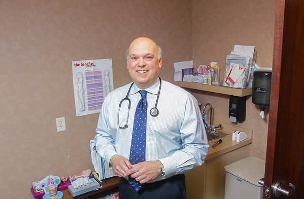 Record-Eagle/Keith King<br /> Robert Lazar, M.D., at Grand Traverse Allergy in Traverse City.