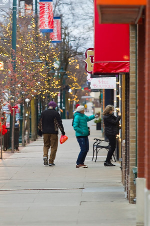 DOWNTOWN SHOPPERS