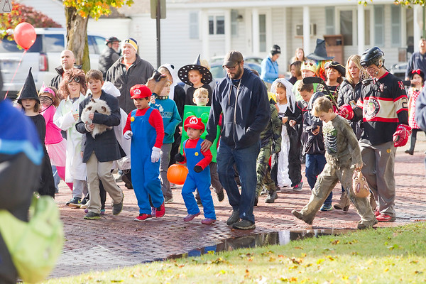 CENTRAL GRADE HALLOWEEN PARADE