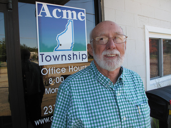 Record-Eagle/Anne Stanton<br /> Township Supervisor Jay Zollinger predicts the Grand Traverse Town Center will infuse life into the area economy.