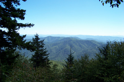 The view from the ridge between Newfound Gap and Charlie's Bunion.