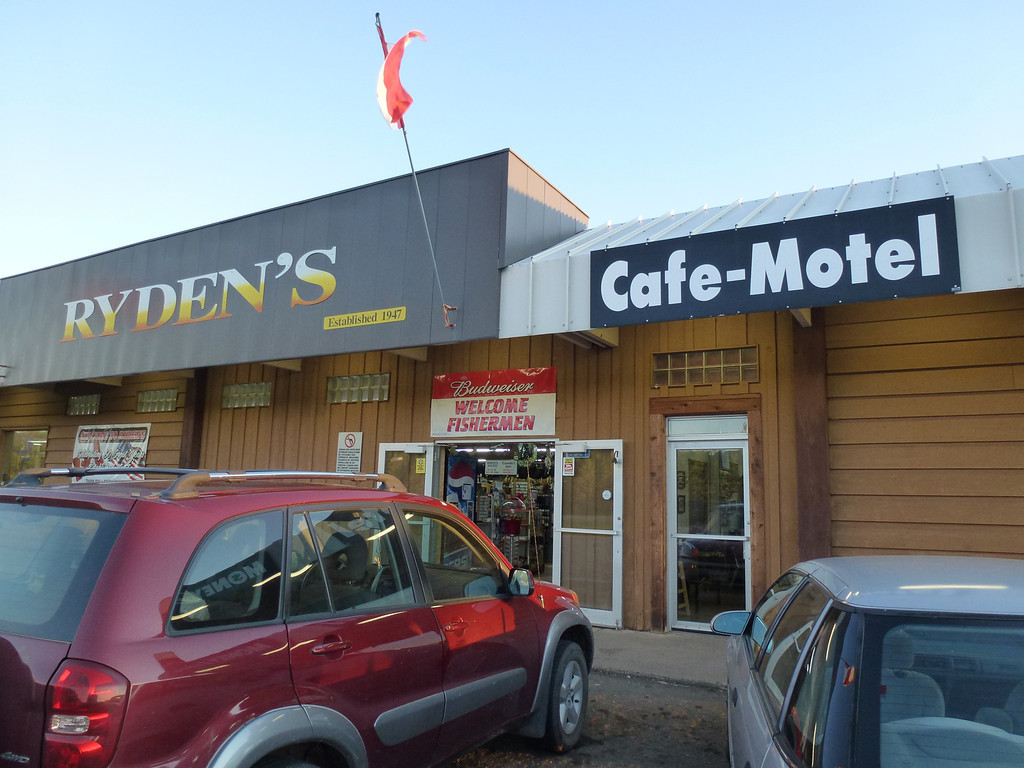 Ryden's (At the Canadian border) we ate breakfast.