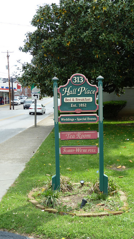 Hall Place Bed & Breakfast, Glasgow, KY
