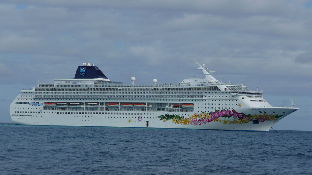 "Norwegian Cruise Line ""SKY"""