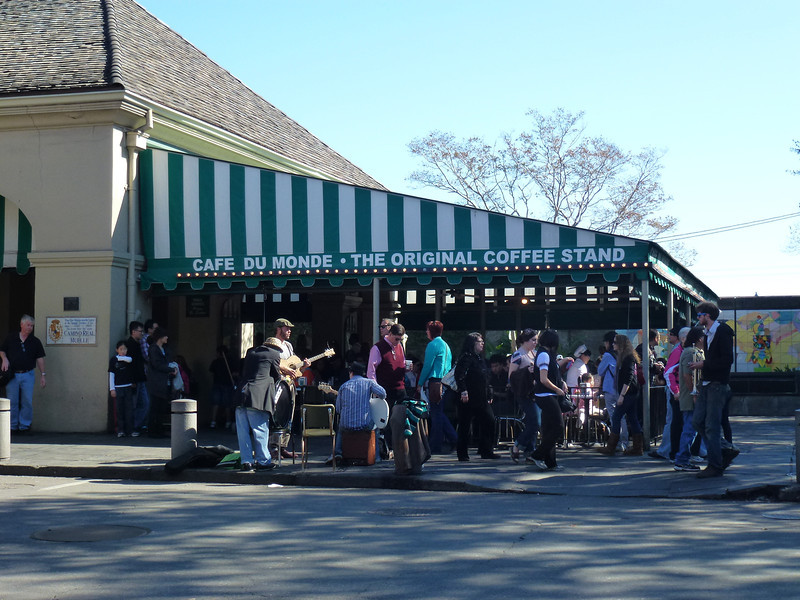 Cafe Du Monde - The Original Coffee Stand (New Orleans)