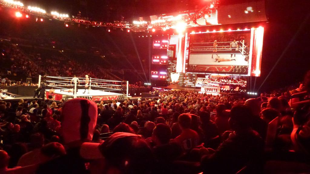 WWE Raw, Atlanta, GA (Oct 31, 2011)