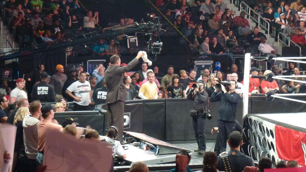 WWE Raw, Atlanta, Ga (Oct 31. 2011)