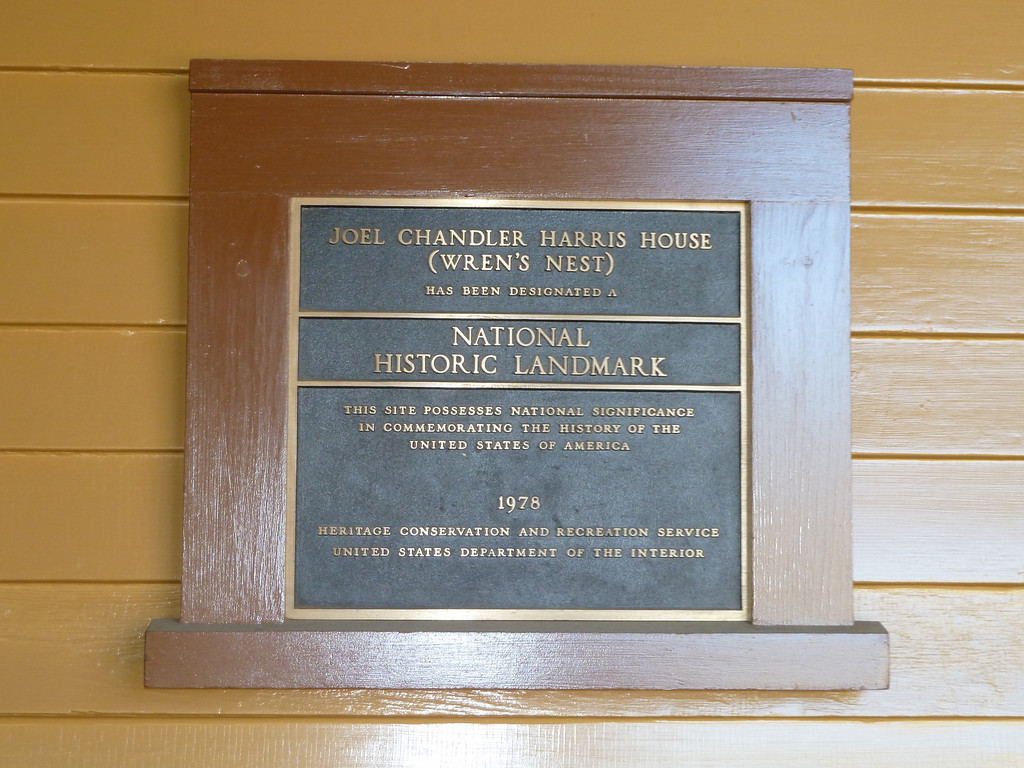 National Historic Landmark sign outside of the Wren's Nest