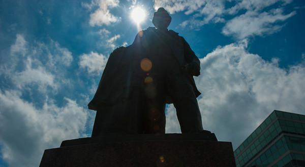 Statue-9882