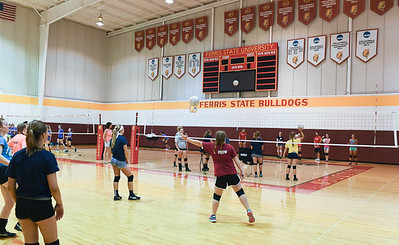 17_volleyball_camp-4427