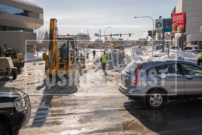 Web-Watermain break- Ellicott-Broadway