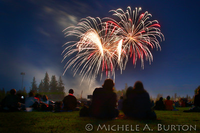 Fireworks light up the night sky at Tumwater's 16th Annual Artesian Family Festival & Thunder Valley Fireworks Show