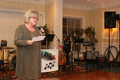 Kathy Bingham spoke a few words about the honored guest: Barbara Cox.