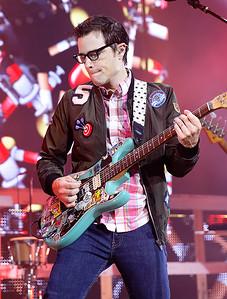 Weezer live at DTE on 7-8-2016. Photo credit: Ken Settle