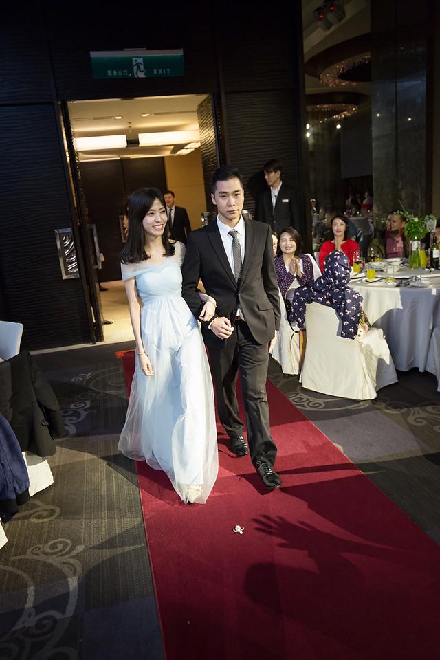 國賓大飯店,台中,國際廳,婚禮,旗袍,乾燥花,三花貓手作花飾,文定,結婚,迎娶