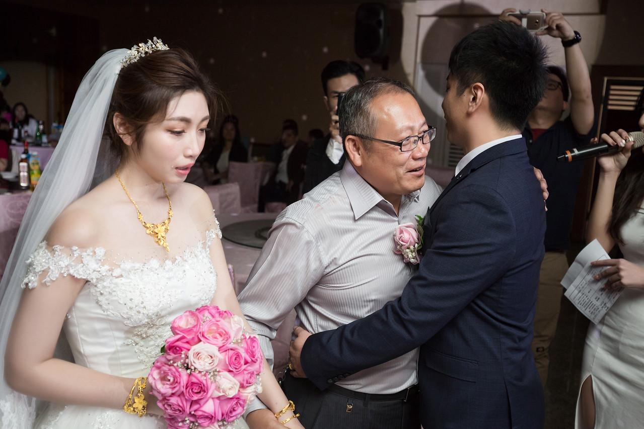 婚攝,紀錄,婚禮攝影,岡山海口味餐廳,蔡佳妮,高雄,新秘,類婚紗,公園