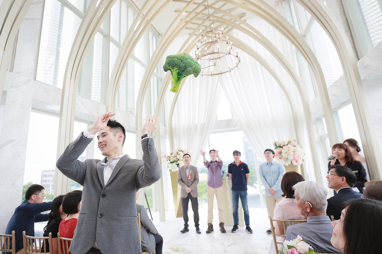 《台中婚攝》Follow me把手交給我吧 / 萊特薇庭 飯店式宴會廳