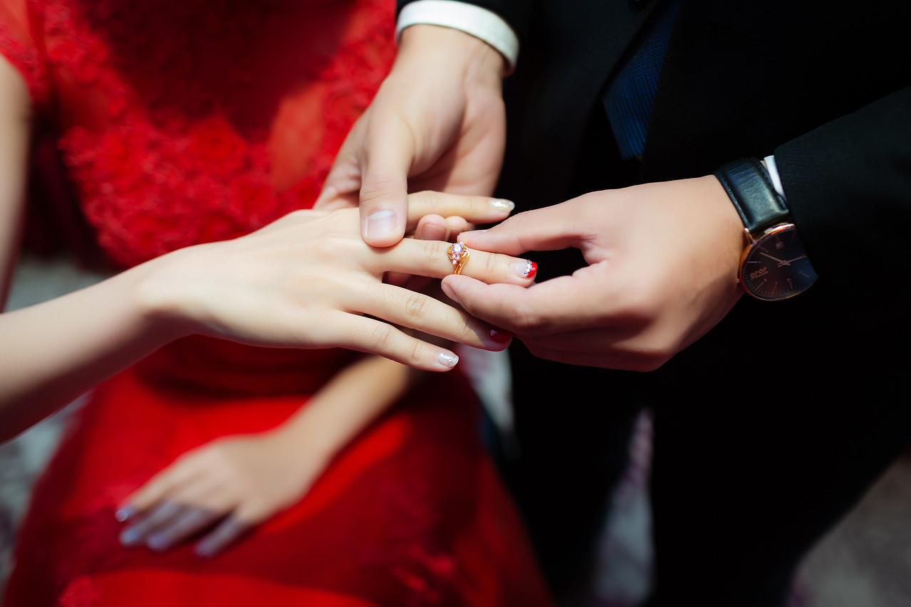 《高雄婚攝》我的老公是終極保鑣 / 翰品酒店高雄