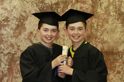 Welcome to Lincoln  Elementary Graduates